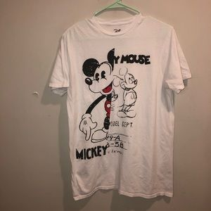 Mickey Mouse cartoon graphic t shirt white